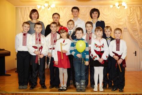 клас духових інструментів, викладач Т.Сидорчук, концертмейстери В.Василець, Г.Олійник