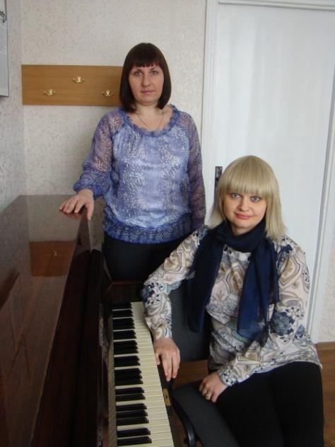 фортепіанний дует у складі Вікторії Василець та Анни Олійник, Хмельницька ДШМ Райдуга