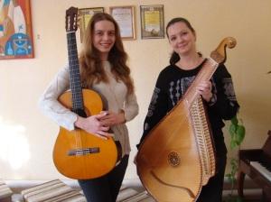 інструментальний дует у складі Ірини Кучук та Анастасії Бідюк, Хмельницька ДШМ Райдуга